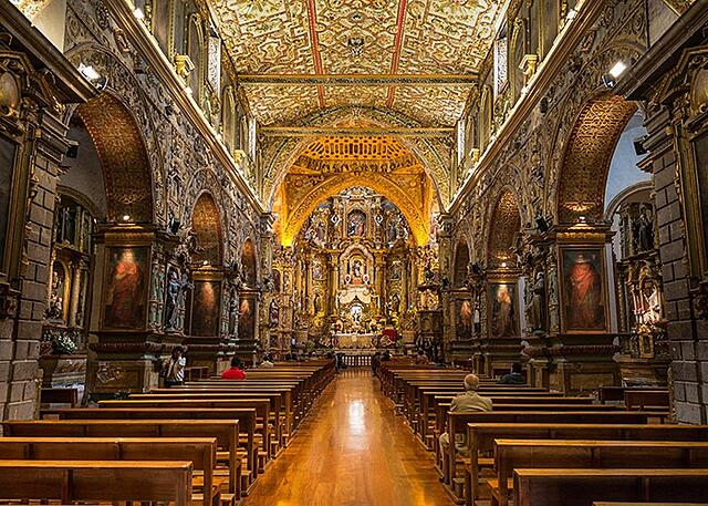 San_Francisco_Church_in_Quito_Ecuador.jpg