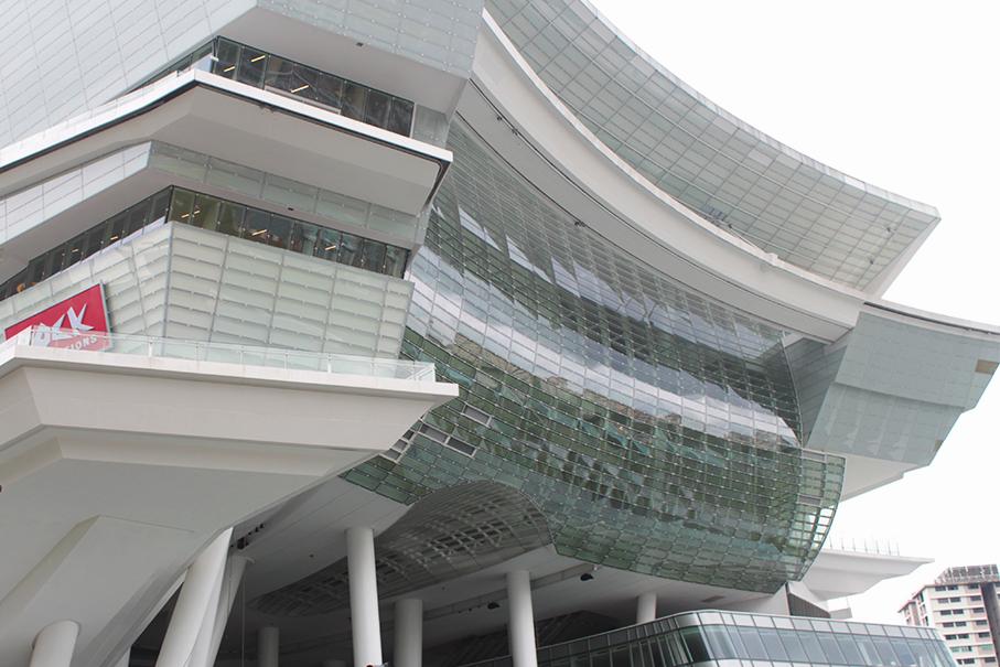 Singapore_The_Star_Vista_concealed_tracks908