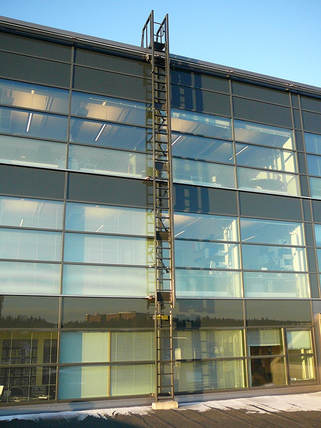 Rostek Traversing Ladder